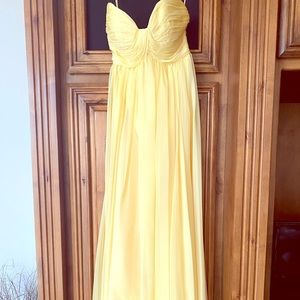 Beautiful Yellow Formal Dress! Perfect condition
